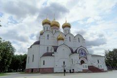 俄国yaroslavl - 6月3日 2016年 1507 1533年假定建立了大教堂年 图库摄影