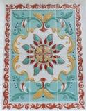 俄国yaroslavl - 6月3日 2016年 装饰品在墙壁上的一个陶瓷砖绘了假定大教堂 库存照片