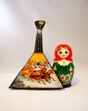 俄式三弦琴和Matreshka 库存照片