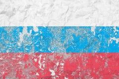 俄罗斯联邦旗子 例证百合红色样式葡萄酒 老纹理墙壁 退色的背景 免版税库存图片