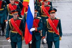 俄罗斯联邦的名誉总统护卫队的战士 免版税库存图片