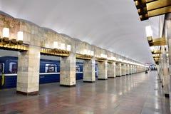 俄罗斯,圣彼得堡,内部地铁站 免版税库存照片