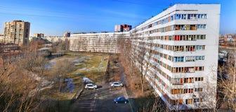俄罗斯,圣彼德堡,被恢复的公寓白色线路所, 免版税库存图片