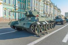 俄罗斯,圣彼德堡, 2017年8月10日- t-34在的坦克她 免版税库存图片