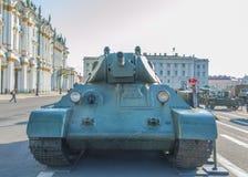 俄罗斯,圣彼德堡, 2017年8月10日- t-34在的坦克她 免版税库存照片