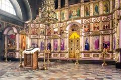 俄罗斯,梁赞2019年2月1日-东正教的内部,法坛,圣障,在自然光 图库摄影