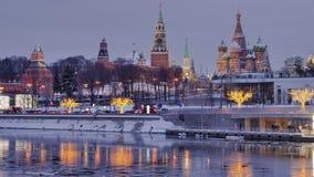 俄罗斯,莫斯科,在克里姆林宫的看法冬天白天时间间隔的 股票视频