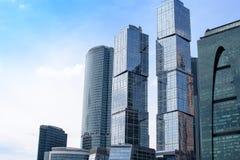 俄罗斯,莫斯科- 2017年6月30日:摩天大楼大厦莫斯科城市莫斯科国际商业中心-一现代商业distri 免版税库存照片