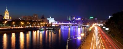 俄罗斯23 05 2014年,莫斯科在河的全景视图从b 免版税库存照片