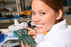俏丽的技术人员妇女 库存照片