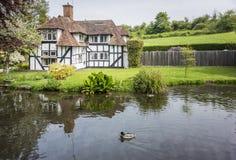 俏丽的村庄在肯特,英国 免版税库存图片