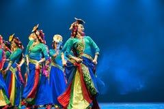 俏丽的西藏舞女 图库摄影