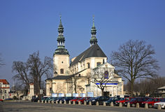 保佑的圣母玛丽亚和圣尼古拉斯的做法大教堂在Lowicz 波兰 库存图片