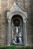 保佑的圣母玛丽亚的圣母无染原罪瞻礼的教会的雕塑 免版税库存照片