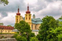 保佑的圣母玛丽亚的访问的巴洛克式的大教堂在Hejnice,捷克 免版税库存图片