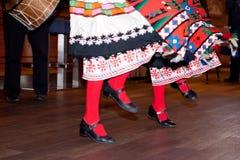 保加利亚传统舞蹈何拉 免版税图库摄影