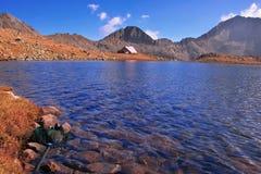 保加利亚冰河湖国家公园pirin风雨棚 库存照片