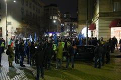 保加利亚警察的示范在要求的索非亚在薪金的15%增量,起草内政部的新的法律 库存图片