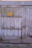 保持车道清楚签到德语 图库摄影
