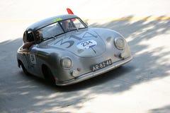 1952年保时捷356 1500在Mille Miglia 免版税库存图片