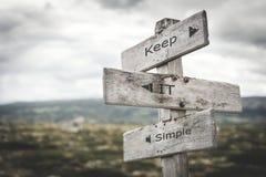 保留它简单的路标 向量例证
