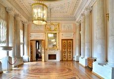 保禄一世大理石餐厅在Gatchina宫殿 库存照片