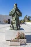 保禄六世雕象由雕刻家Joaquim科雷亚的 免版税图库摄影