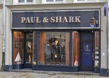 保罗和鲨鱼商店在克拉科夫,波兰 免版税库存照片