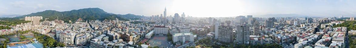 信义区和台北101的鸟瞰图 免版税库存图片
