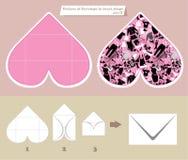 信封模板和计划在心脏塑造 免版税库存照片