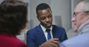 信用卡交易 非洲汽车销售主任 股票录像
