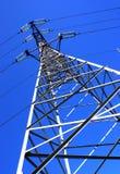 信赖输电线 免版税库存照片