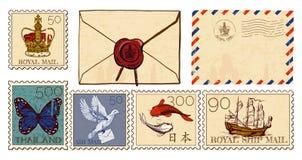 信件信封和被设置的岗位邮票 皇族释放例证