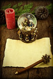 信件空白的羊皮纸圣诞节问候 免版税库存照片