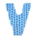 信件v英语字母表,上色蓝色 库存图片