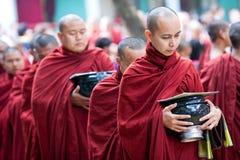 修士在Amarapura,缅甸 免版税图库摄影