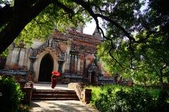 修士在Bagan,缅甸 免版税库存照片