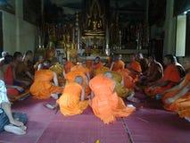 修士祈祷 库存图片
