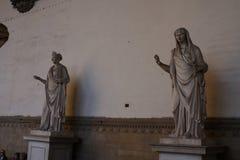 修女的古老罗马雕塑凉廊dei的Lanzi,佛罗伦萨,意大利 库存图片