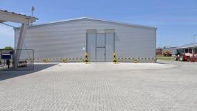修建概念行业采购管理系统存储仓的配件箱 库存照片
