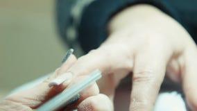 修指甲治疗,指甲油过程 股票录像