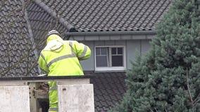 修理在推力的电工街灯 股票录像