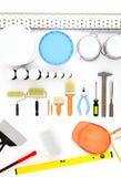 修理辅助部件 套工具和油漆进行的修理 免版税图库摄影