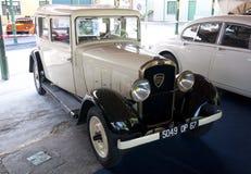 1932修造了标致汽车301 库存图片