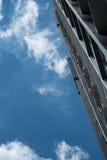 修造和蓝天在曼谷 免版税库存照片