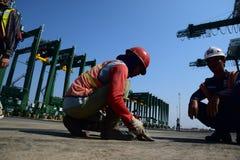 修造新的丹戎Priok港口 库存图片