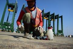 修造新的丹戎Priok港口 免版税图库摄影