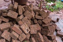 修造的砖墙的红砖材料对产业 免版税图库摄影
