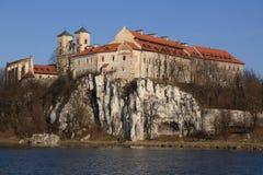 修道院在波兰tyniec附近的本尼迪克特的克拉科夫 库存照片