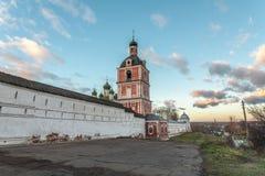 修道院墙壁从长远来看 库存照片